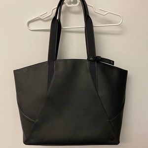lululemon athletica Bags - NWOT Lululemon All Day Tote